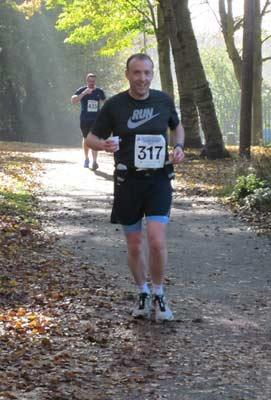 Andy 2015 Stevenage Half Marathon Web